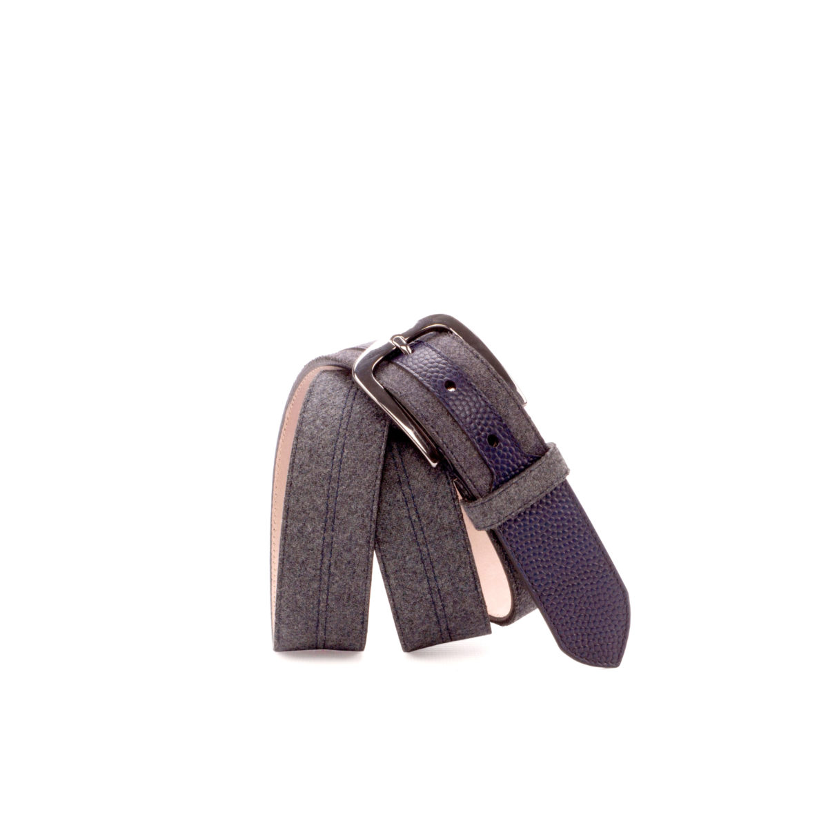 Bottom view of model Athania, navy blue painted pebble grain, flannel light grey, stone nubuck, graphite buckle Golf BespokeShoes