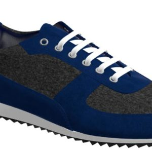 Side view of model Stanlow, flannel dark grey flannel, navy kid suede Golf BespokeShoes