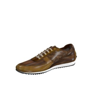 Front view of model Bardford, cognac crust patina, brown crust patina Golf BespokeShoes