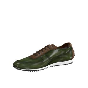 Front view of model Norton, brown crust patina, khaki crust patina Golf BespokeShoes
